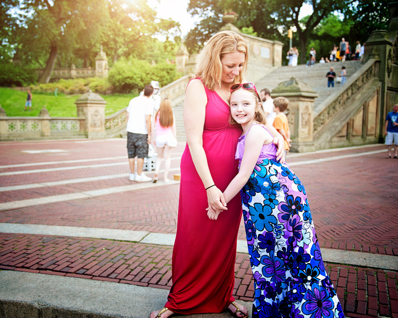 mother and daughter in a central park family photo shoot